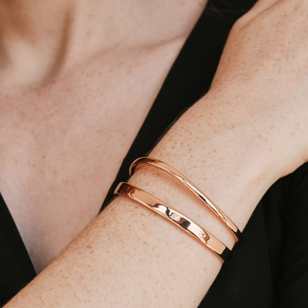 Curve rose gold bangle sample 3