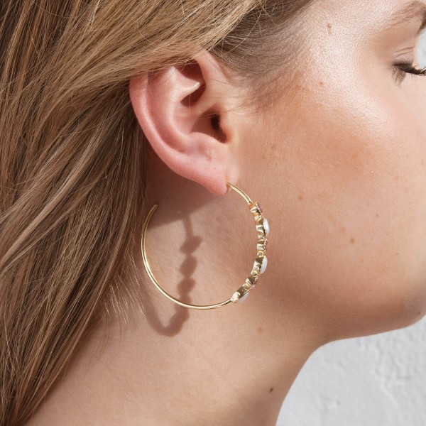 Pink Bibba Gold hoop earrings model 4