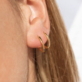 Lite gold  hoops detail