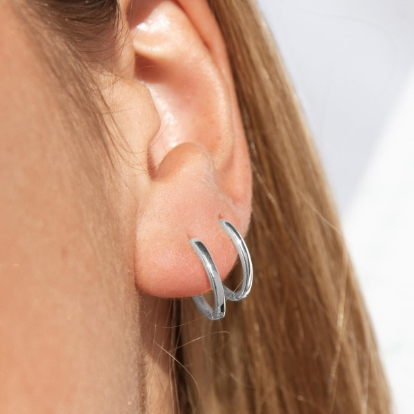 Sterling silver mini hoop earrings Lite detail 2