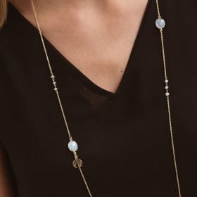 Collar Lunar Long Gold detalle