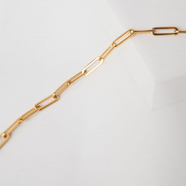Big link chain gold necklace detail 3