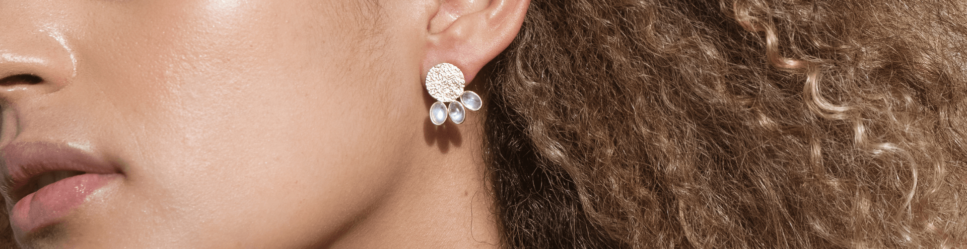 Semi-precious stone earrings | Colored stone earrings | MURONA
